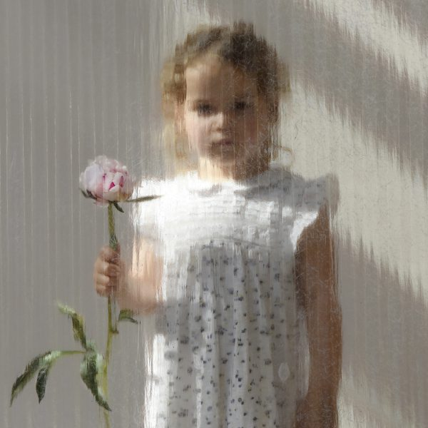 FAMILY ART PORTRAIT | Girl